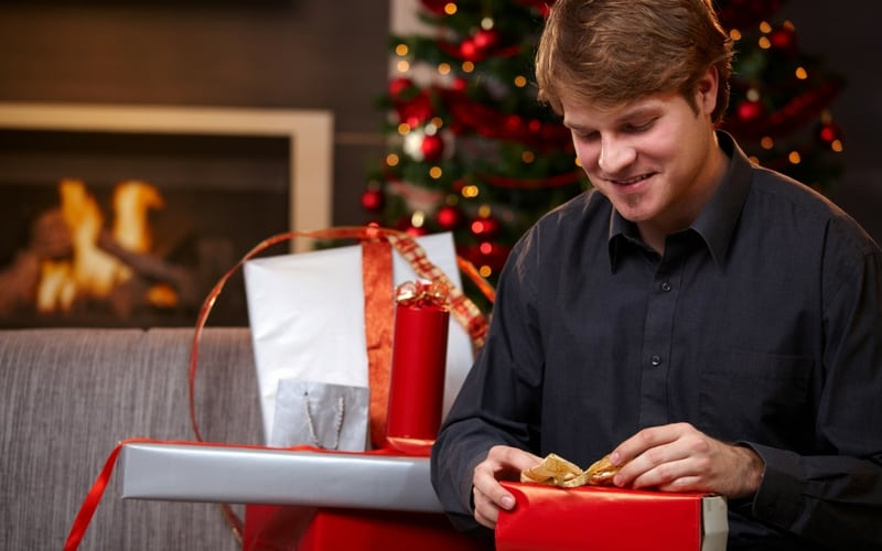 Christmas Gifts For Young Men | Christmas Gifts | Gift Ideas | #christmasgiftsformen #giftideas #christmasgifts